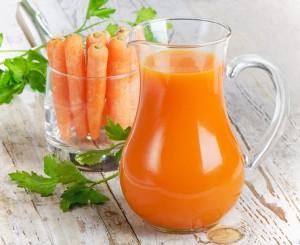 Morcovi și suc de morcovi