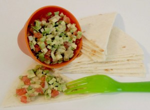 salata-avocado-rosii-ceapa