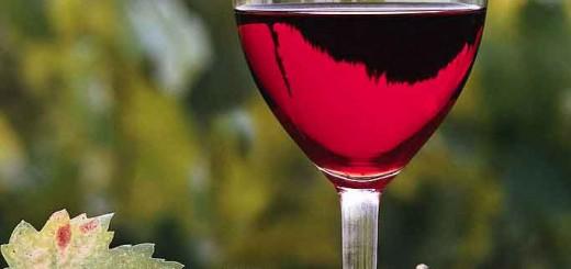 beneficiile-vinului-rosu