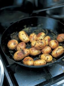cartofi-copti-rozmarin